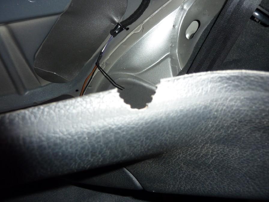 Voir le sujet vitres de custodes - Faire un trou dans une vitre ...