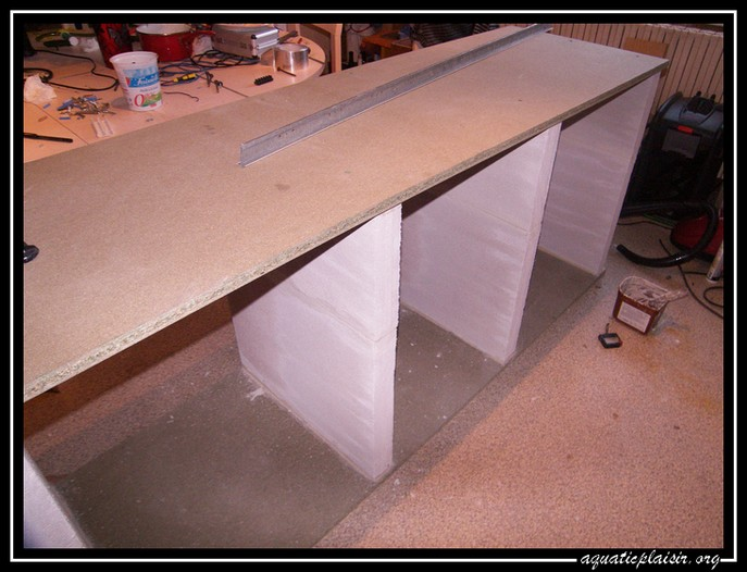 fabrication du support pour mon 840litres. Black Bedroom Furniture Sets. Home Design Ideas