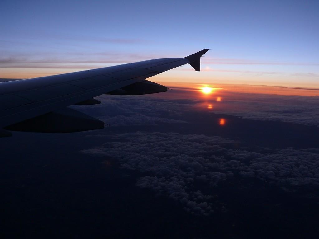 C 39 est beau aussi un avion la nuit page 6 - Nuit insolite dans un avion ...