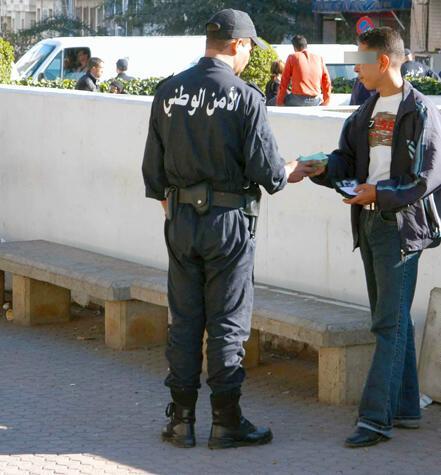 صور الشرطة الجزائرية ربي يحفظكم police11.jpg