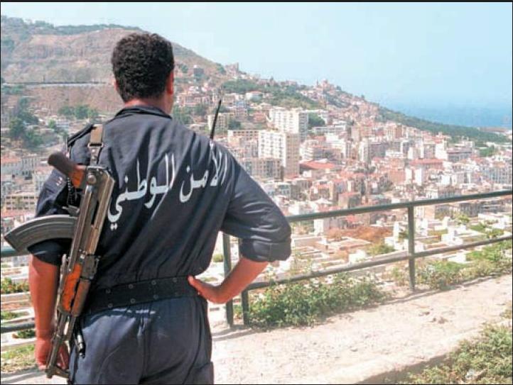 صور الشرطة الجزائرية ربي يحفظكم sans_t10.jpg