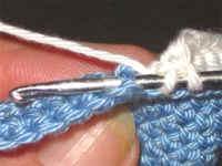 طريقة حذاء لطفل بالكروشيه خطوة بخطو بالصور،شرح حذاء لطفل بالكروشيه جديدة 2012 baby510.jpg