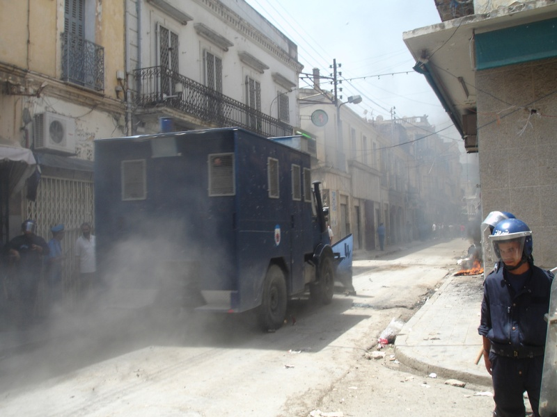 صور الشرطة الجزائرية ربي يحفظكم 75488710.jpg