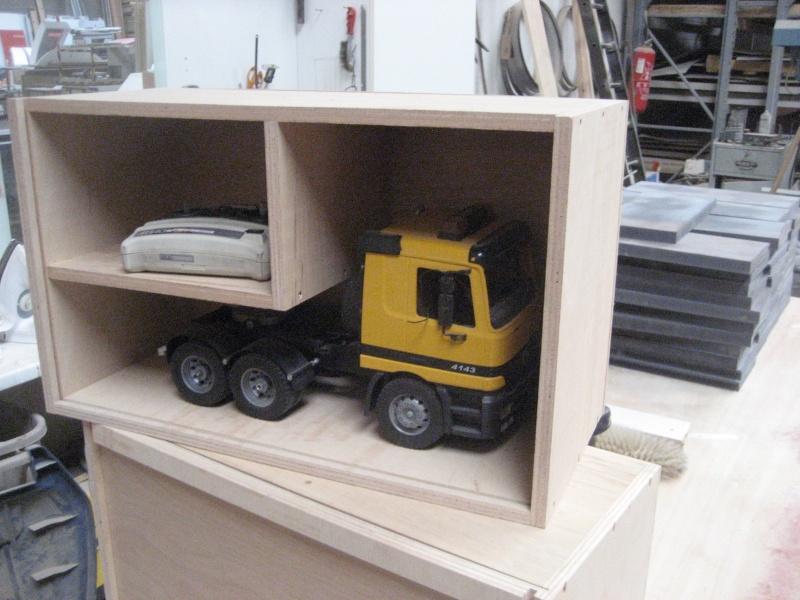 boite de transport pour camion page 2 camions rc fr. Black Bedroom Furniture Sets. Home Design Ideas