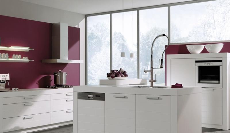 Rez de chauss e et mezzanine d corer for Cuisine blanche mur aubergine