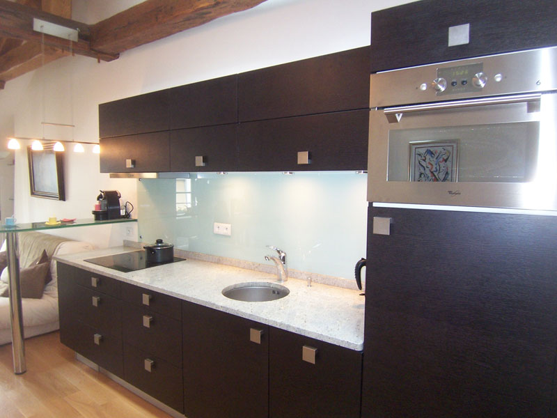 Salon cuisine et chambre a d cor au boulot for Hauteur d un bar de cuisine