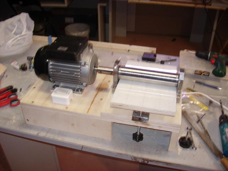 Una calibratrice fatta in casa - Tornio per legno fatto in casa ...