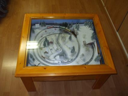 Une table basse pour apro train albocq - Que mettre sur une table basse ...